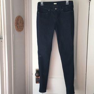 Levi's denim leggings in blue black wash size 6